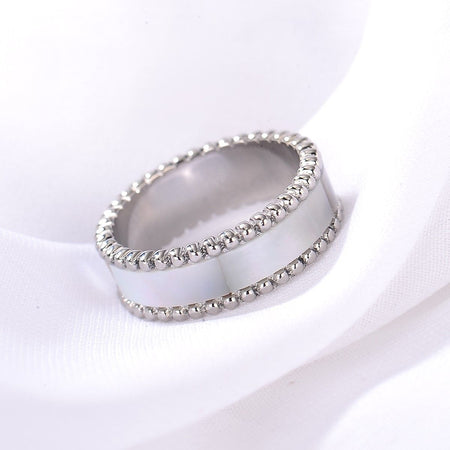 Lulwah Ring / Pearl Silver ( Size 8 ) - minimalistae