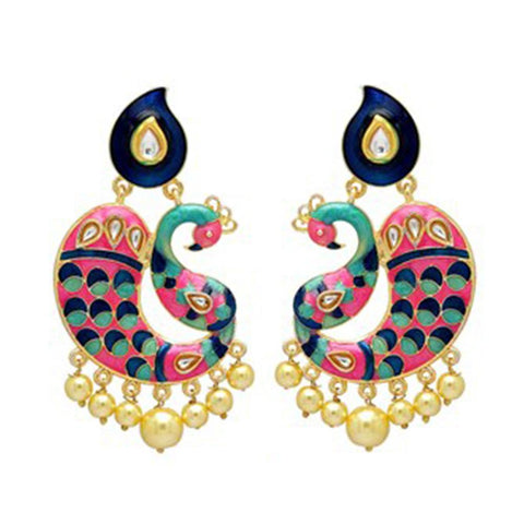 Art of trend and style earrings