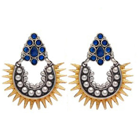 Dazzling amalgamated style earrings