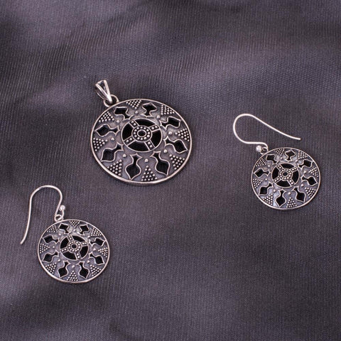Silver 92.5 unique pendant set