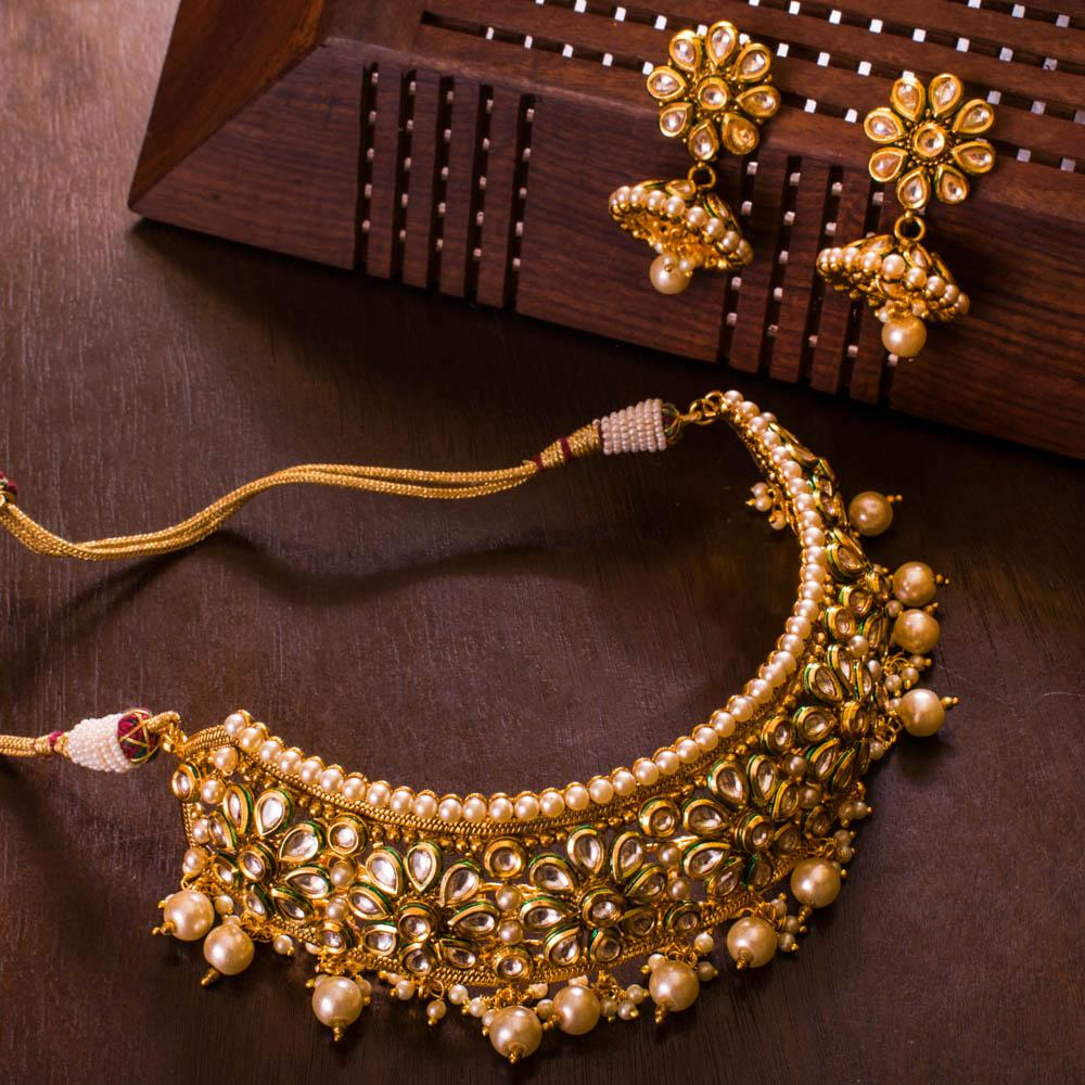 Elegant Kundan Antique Choker