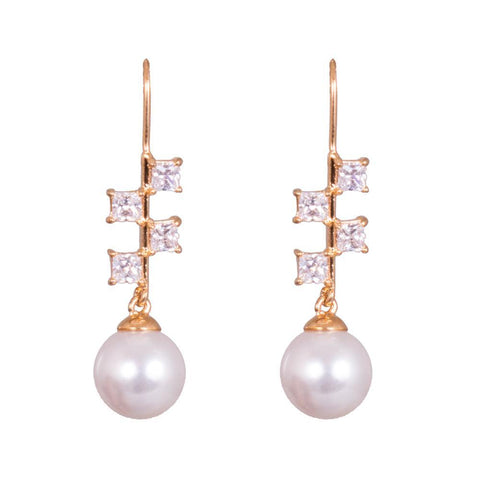 White pearl shine earrings