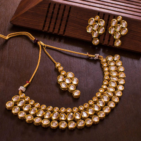 Kundan Stone Bright Necklace
