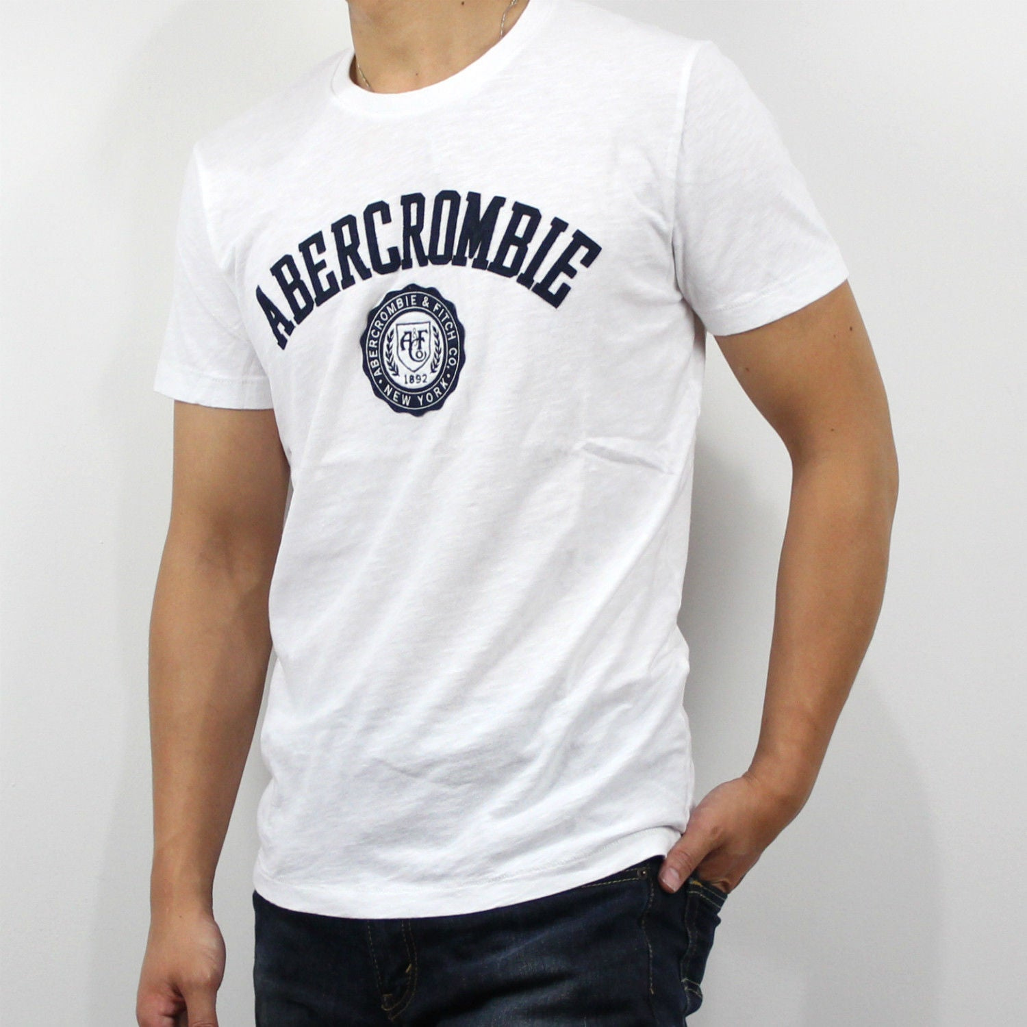 e92a8321 Abercrombie & Fitch Heritage Applique Logo Graphic Tee White
