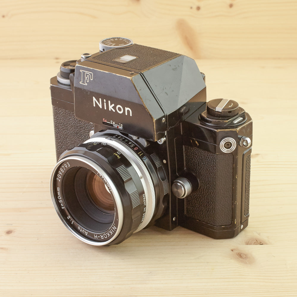 Nikon F Photomic Black w/ 50mm f/2 Exc