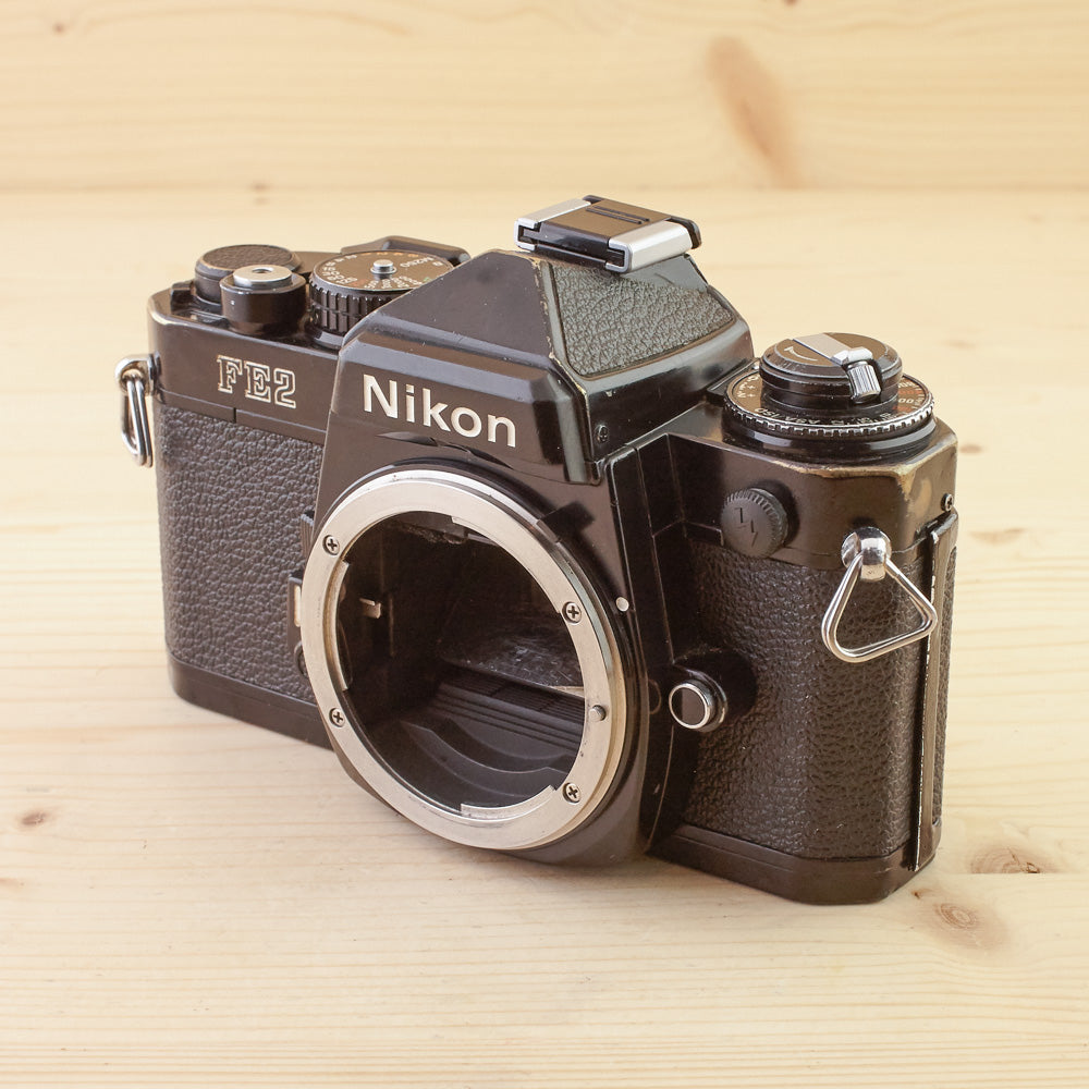 Nikon FE2 Black Body Avg