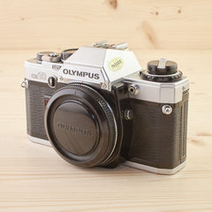 Olympus OM-10 Body Chrome Exc - West Yorkshire Cameras