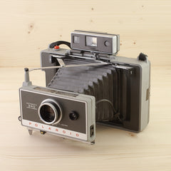 Polaroid 340 w/ Accs in Case Exc
