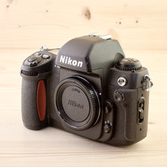 Nikon F100 Body Avg - West Yorkshire Cameras