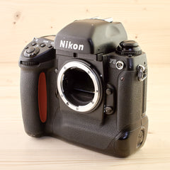 Nikon F5 Body Avg - West Yorkshire Cameras