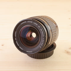 Canon EF 28-80mm f/3.5-5.6 II USM Exc