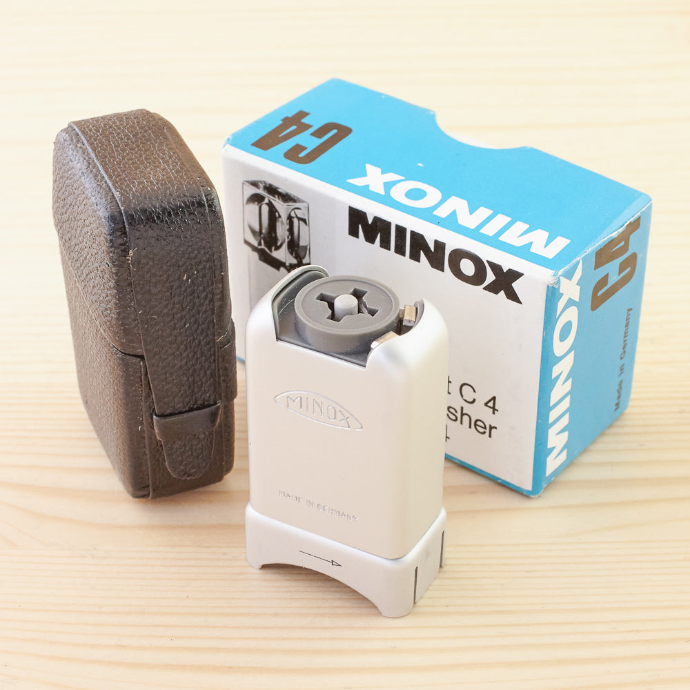Minox Cube Flasher Exc Boxed