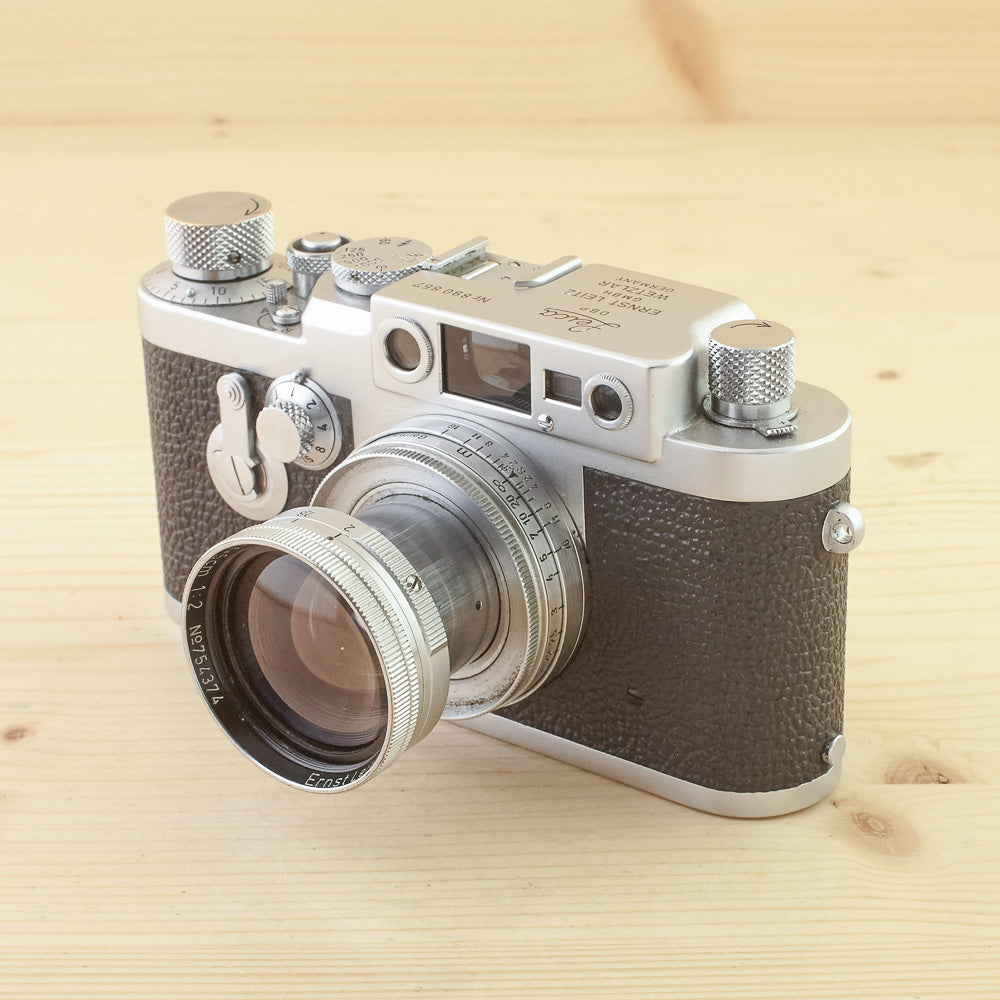 Leica IIIG w/ 5cm f/2 Summitar Avg in Case