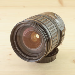 Canon EF 28-135mm f/3.5-5.6 IS Exc