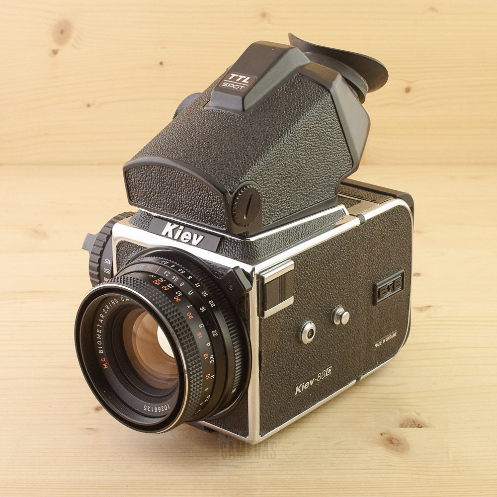 Kiev 88c w/ 80mm f/2.8 and Metered Prism Exc