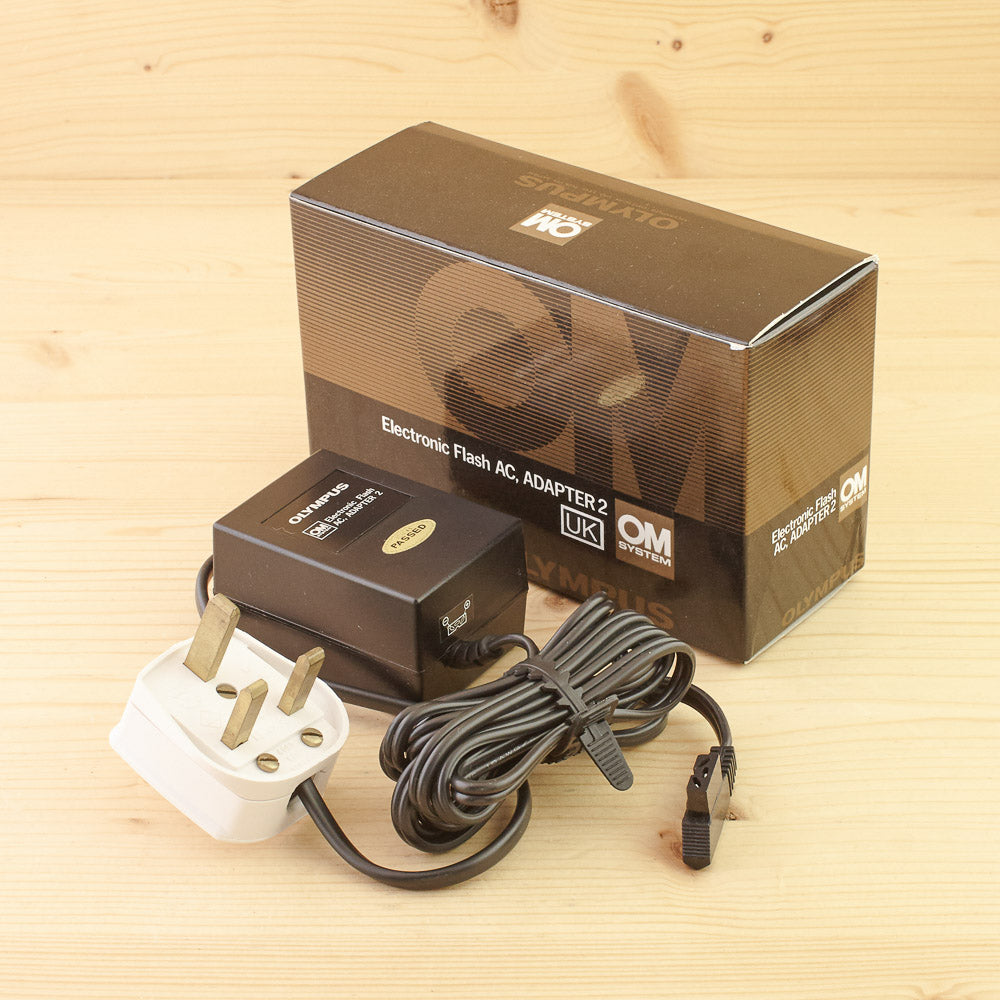 Olympus Electronic Flash AC Adapter 2 Exc+ Boxed