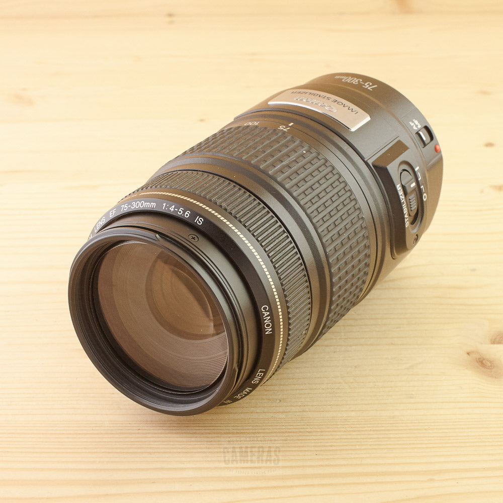 Canon EF 75-300mm f/4-5.6 IS Exc+