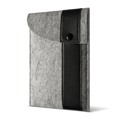 iPad 9.7-inch (2017) — Ffelt Sleeve - Cover-Up - 1