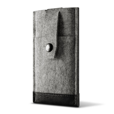 iPhone 11 — Infinite Ffelt Sleeve