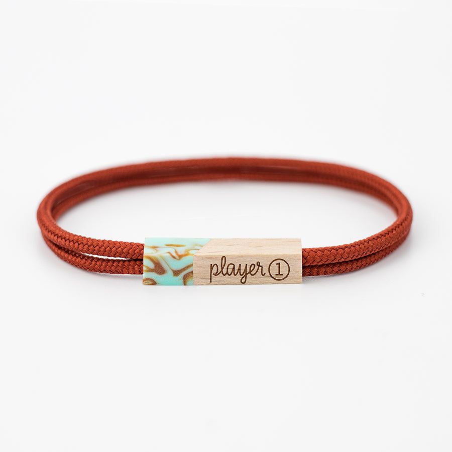 pulseras grabadas player one caoba
