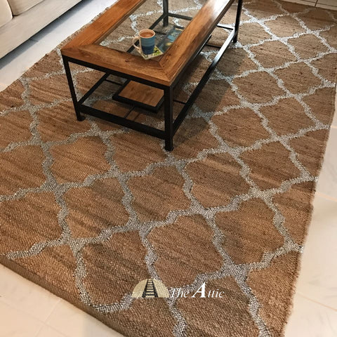 Hemp Dhurrie Rug with Silver Ribbon Weave, 5x8 ft