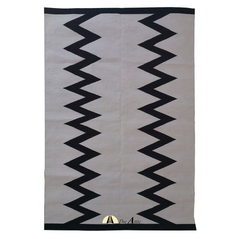 Black and White Modern Contemporary Cotton Rug, 4x6 ft