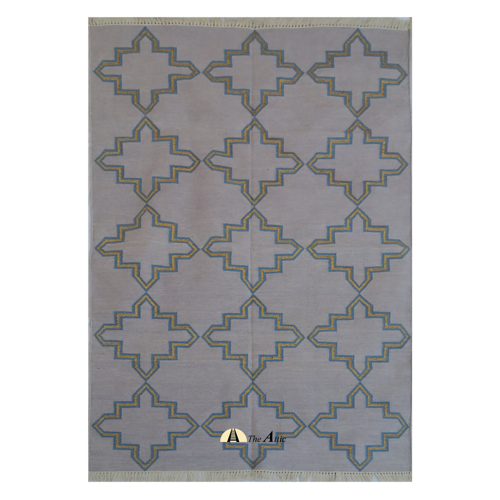 Moroccan Star Flatweave Cotton Dhurrie Rug in Mauve, Blue & Gold, 4x6 ft - The Attic Dubai