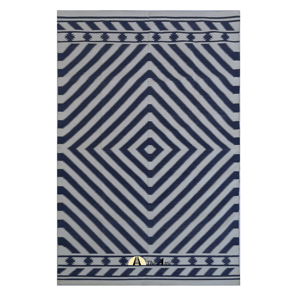 Kata Flatweave Cotton Dhurrie Rug, Navy and White, 5x8 ft - The Attic Dubai