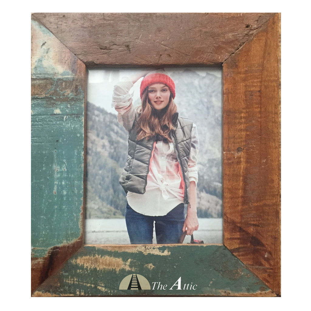 Reclaimed Wood Hanging Photo Frame, 5x7 inch - The Attic Dubai