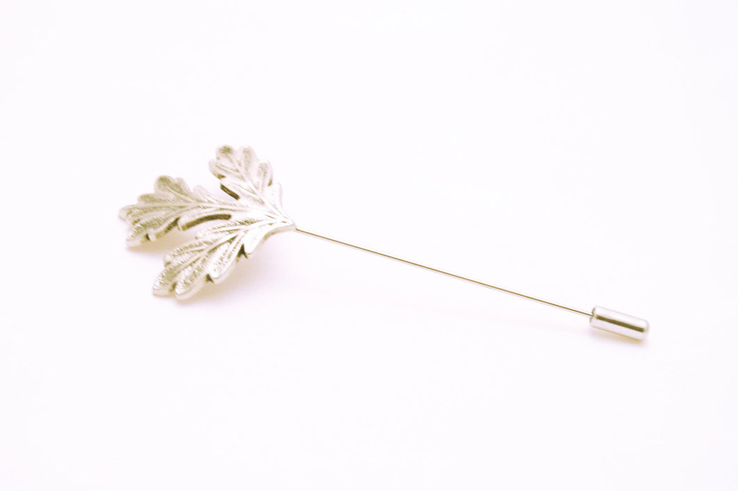 Silver Mapel Leaf Lapel Pin