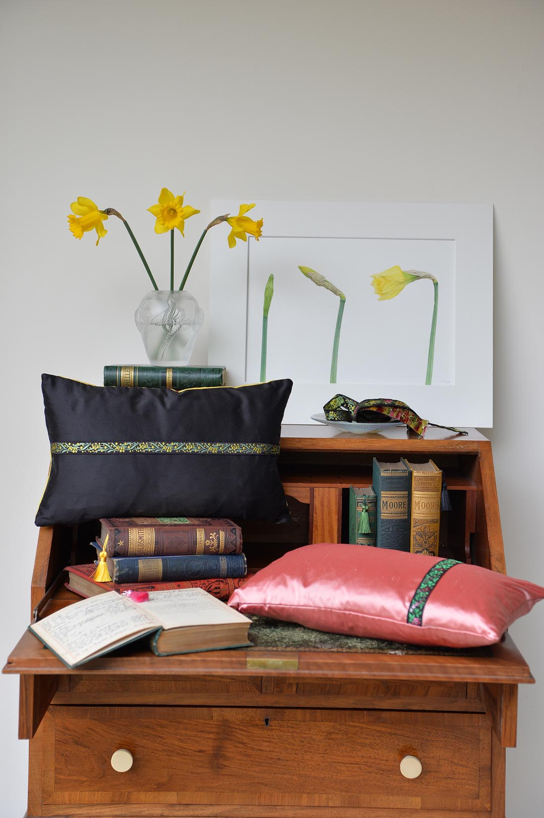 """Acacia"" Black silk cushion - MyBilletDoux.com"
