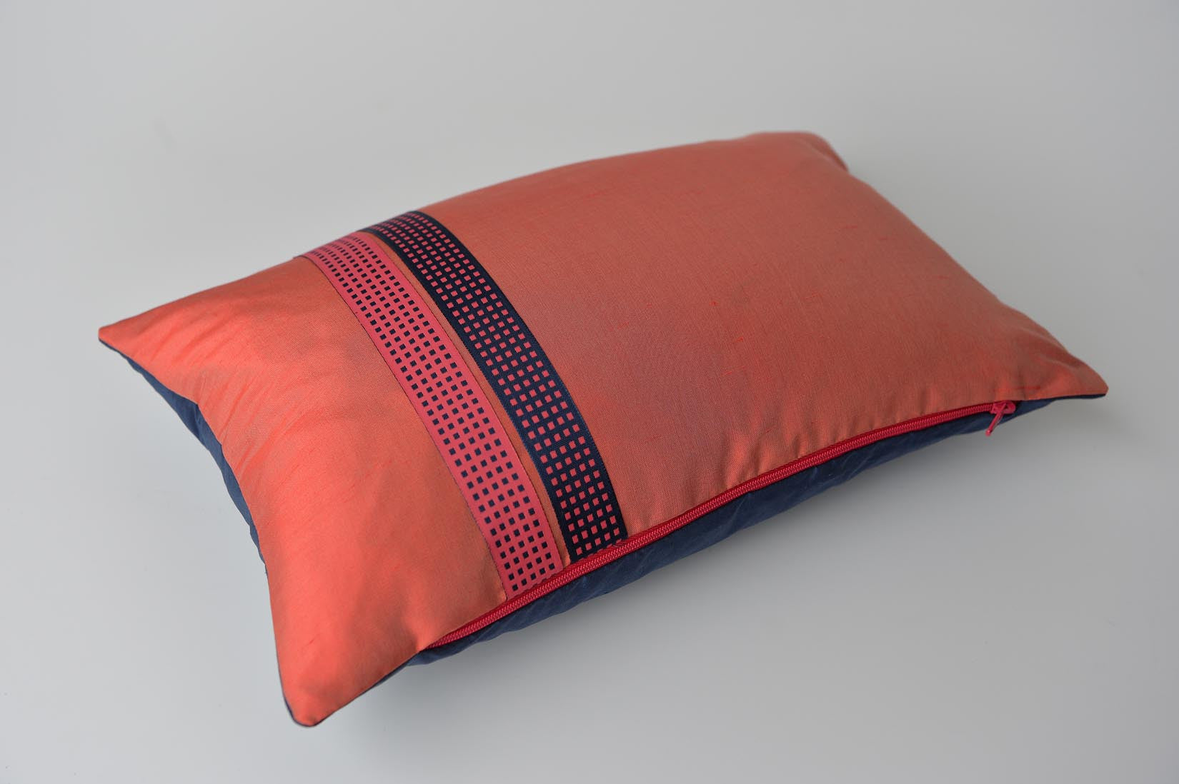 """Recto-verso"" Rouge coral silk cushion - MyBilletDoux.com"