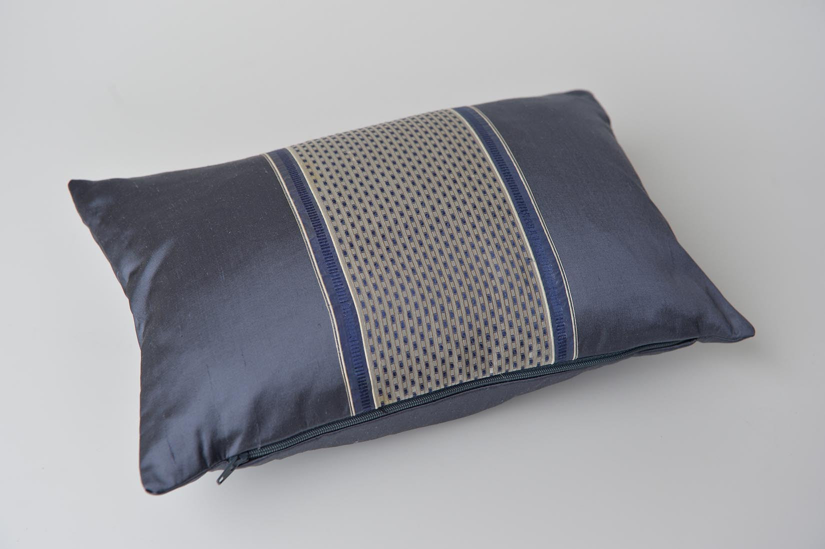"""Alterné"" Gunmetal grey silk cushion - MyBilletDoux.com"
