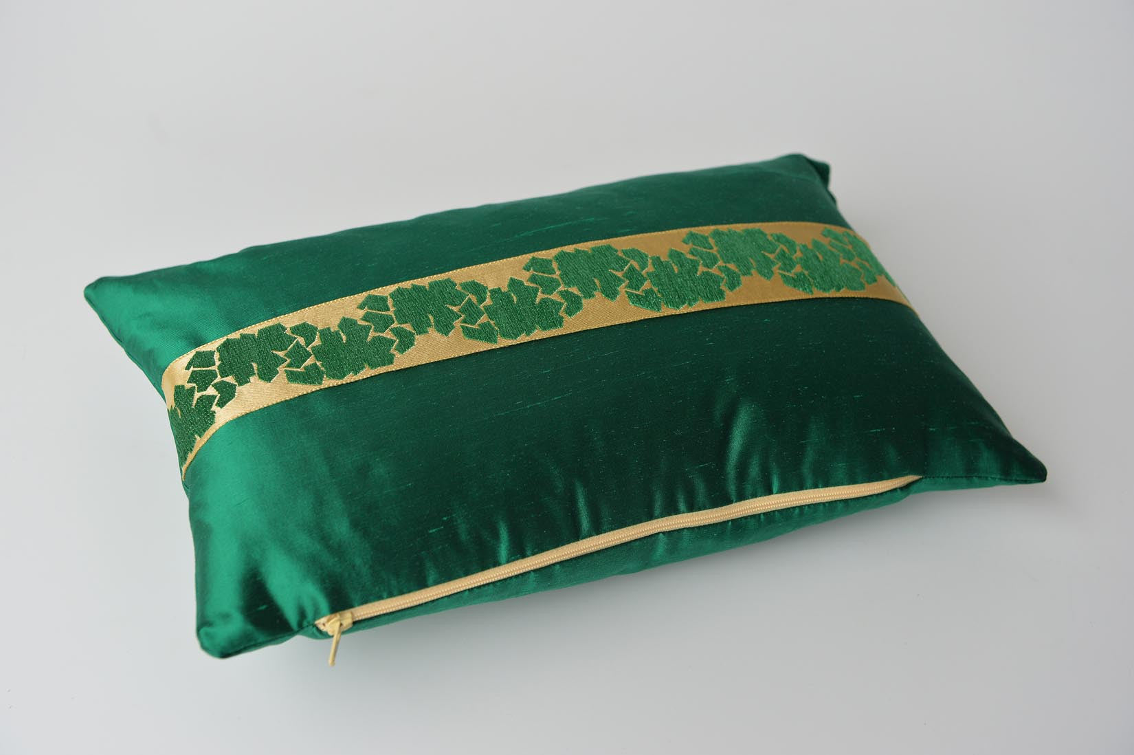 """Fragment"" Bond green silk cushion - MyBilletDoux.com"