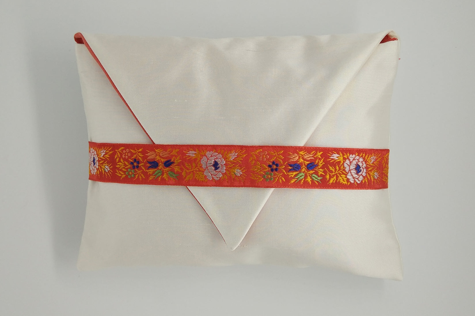 """Fleurs"" Porcelain silk envelope cushion - MyBilletDoux.com"