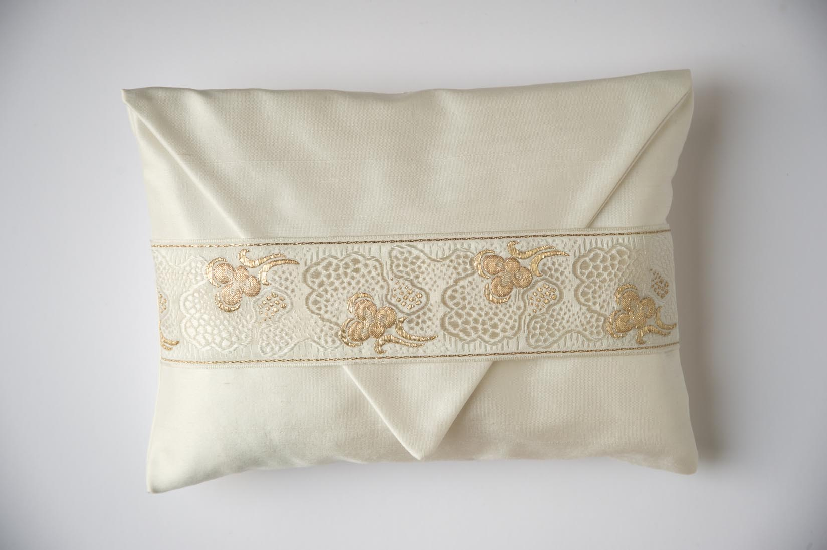 """Pensée"" Porcelain silk envelope cushion - MyBilletDoux.com"