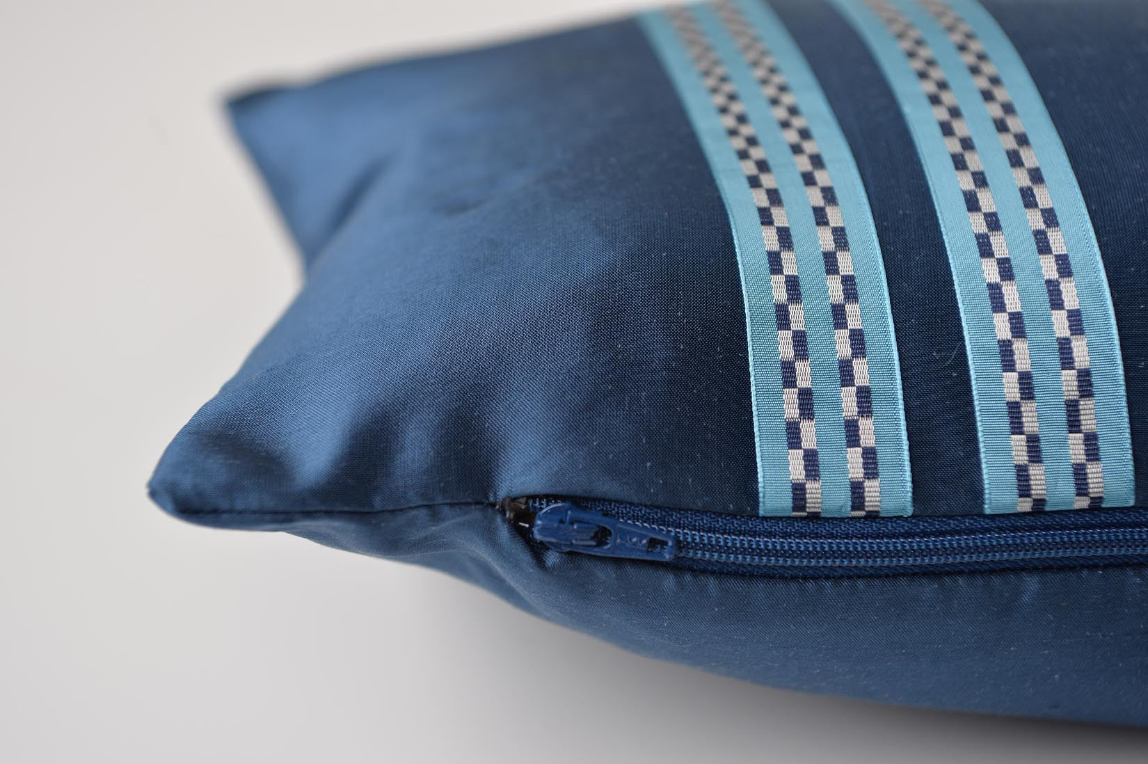 """Course"" Wilhelm blue silk cushion - MyBilletDoux.com"