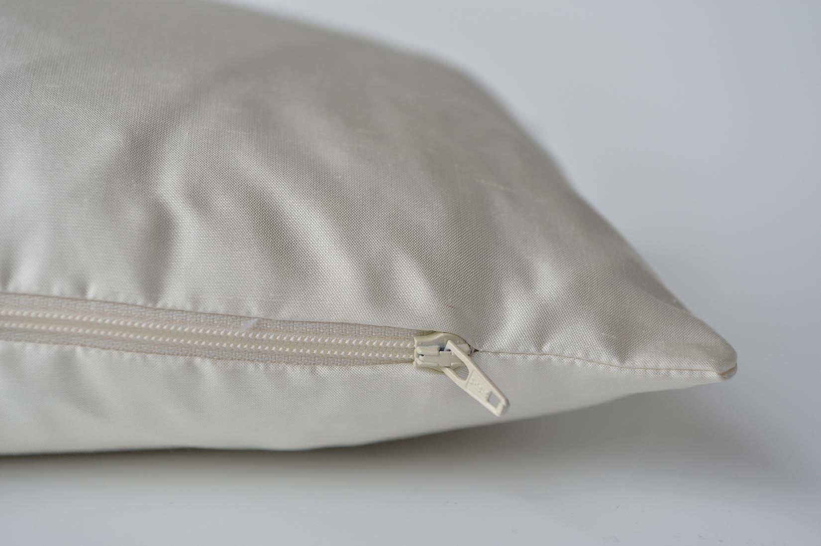 """Pensée"" Porcelain silk cushion - MyBilletDoux.com"