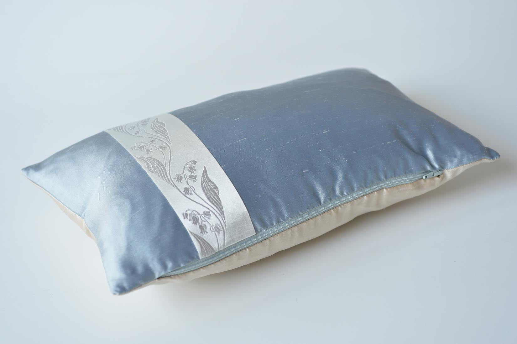 """Muguet"" Ice grey silk cushion - MyBilletDoux.com"