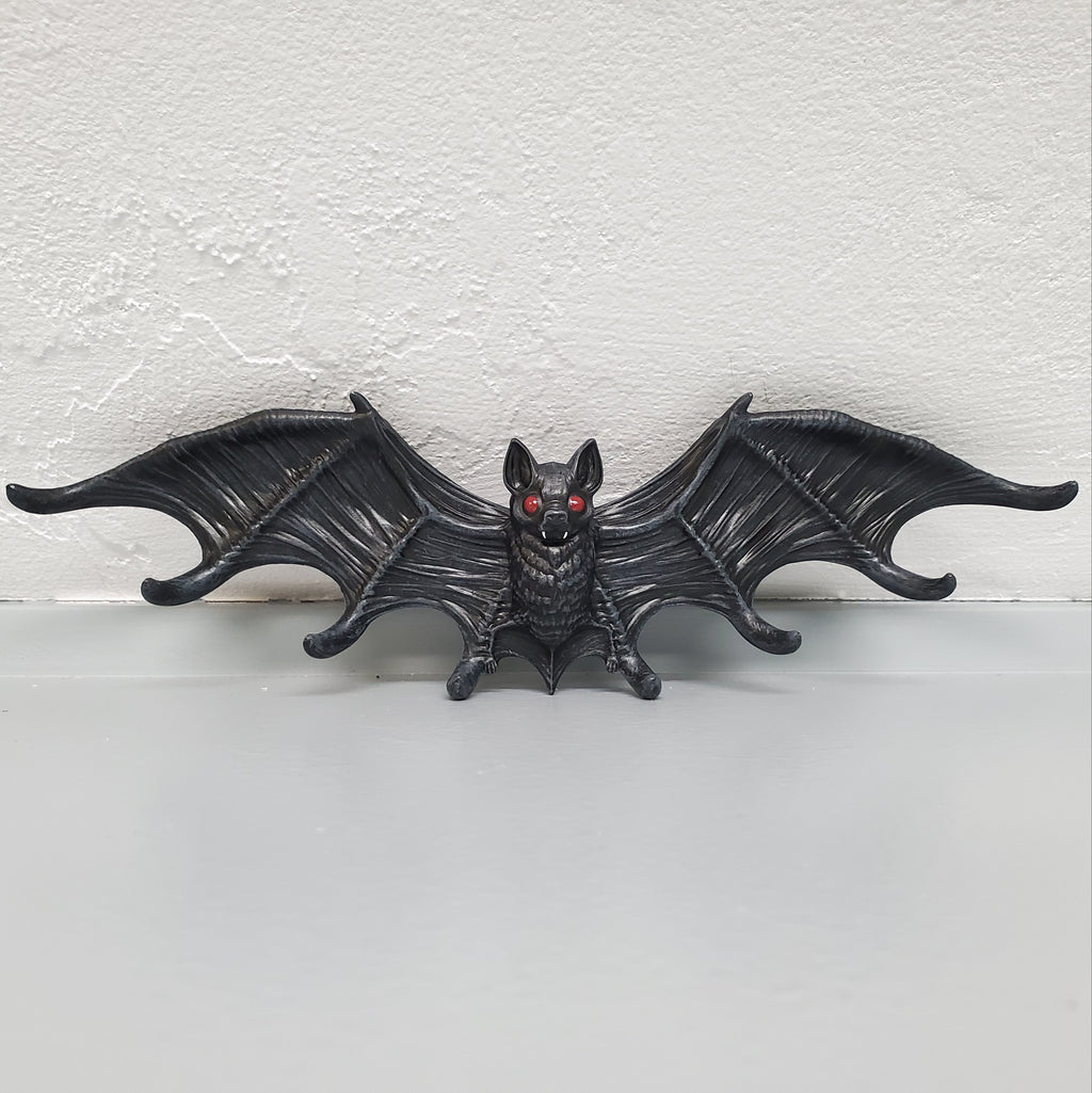 PRE-ORDER - Bat Wall Decor With Hooks