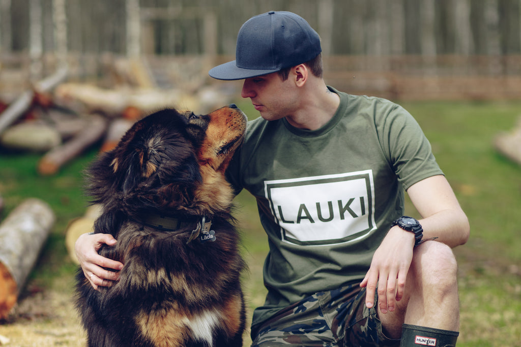 MEN'S T-SHIRT. LAUKI (COUNTRYSIDE)