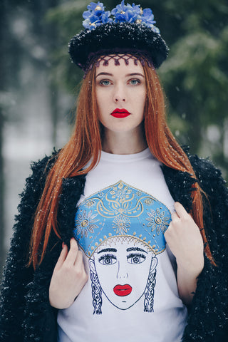 SNOWWHITE GOLD. T-SHIRT