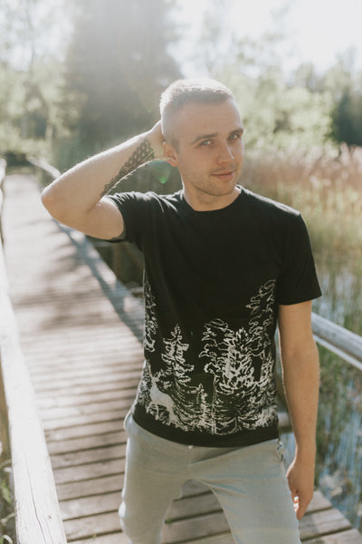 In the WOODS, black T-SHIRT for men