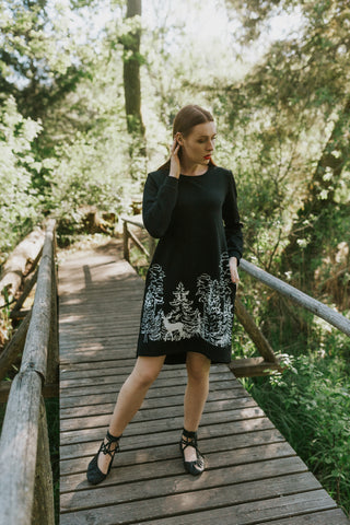 SweatDress IN THE WOODS, black