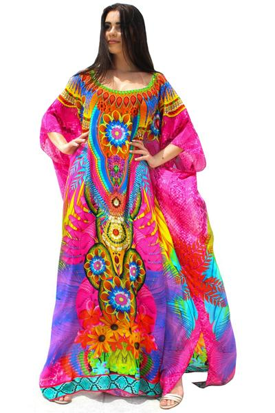 kaftan pink in silk embellished. Wing's in the garden
