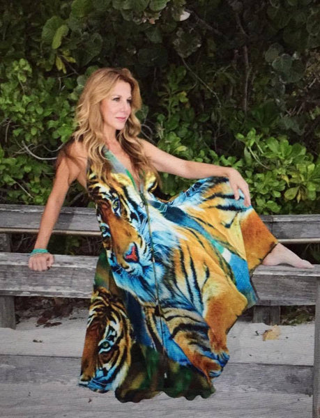 Dress in silk with beautiful tiger print. Tiger