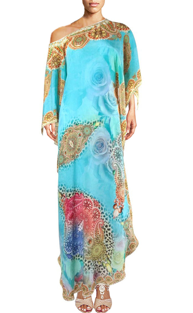 Dress using a perfect mixture of colors in an elegant harmony. Elegance.