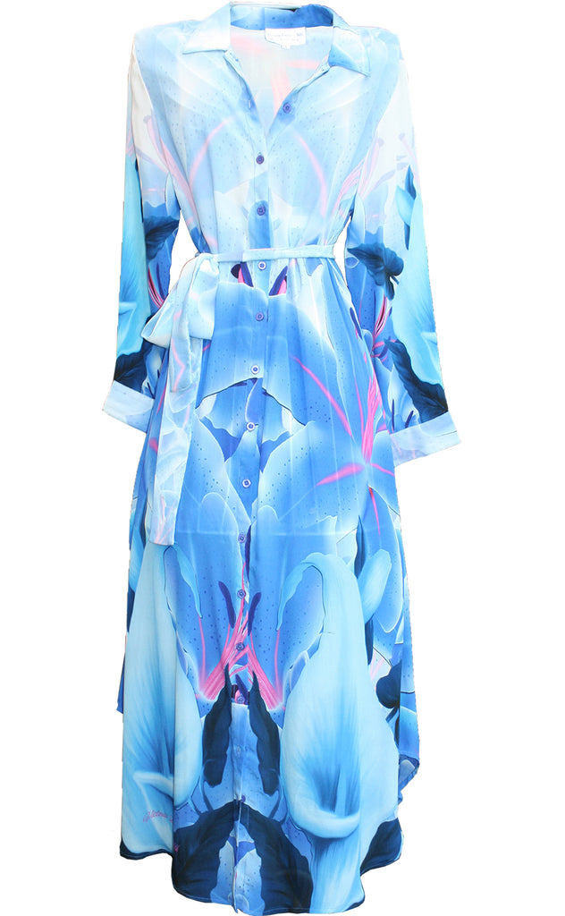 dress in silk. blue Iris Flowers. La Vie est Belle.