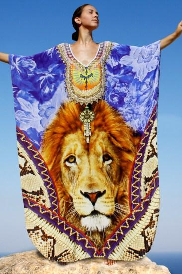 Kaftan lion silk Kaftan crowned with royal jewels. King