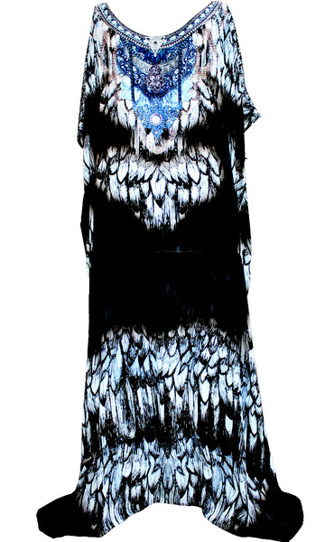 kaftan in silk black feathers. Black feathers